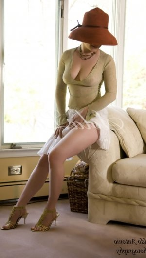 Lailou adult dating, live escort