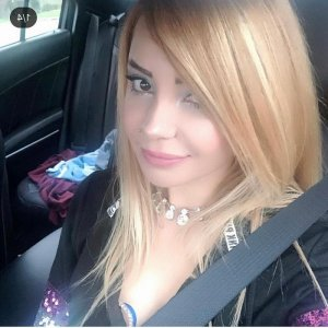 Elen escort girl in Mayfield