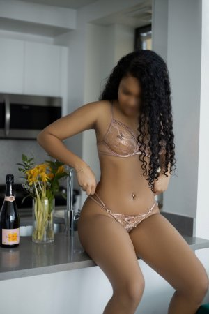 Maryna escort girls